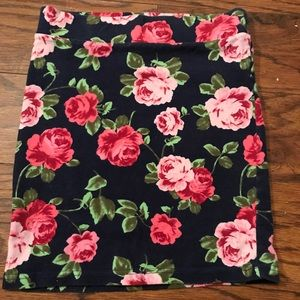 Floral Stretch Mini Skirt
